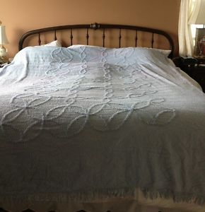 Vintage Chenille Twin Bedspread Light Blue Wedding Ring Pattern Craft Quilting