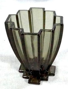 Antique Art Deco Smoked Faceted Crystal Glass Smoke Vase Manhattan Skyline 7""