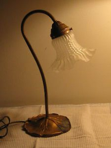 Antique Art Deco Nouveau Brass Desk Table Accent Lamp w Glass Flower Shade