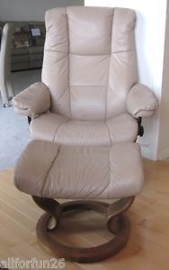 Ekornes Mayfair Stressless Taupe Tan Lt Brown Leather Recliner Chair and Ottoman
