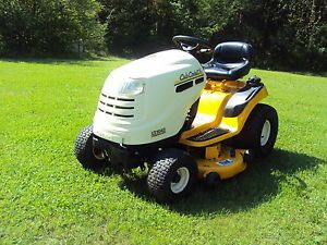 "Cub Cadet Riding Lawn Mower Tractor 42"" Deck Hydrostat Transmission Low Hours"