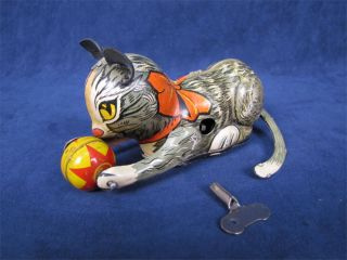 1938 Marx Wind Up Tin Toy Roll Over Cat with Ball