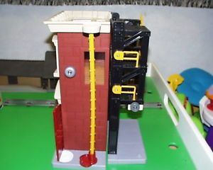 Building for Lionel Train Set Accessories Scenery Parts Fire Trucks Cars Toys