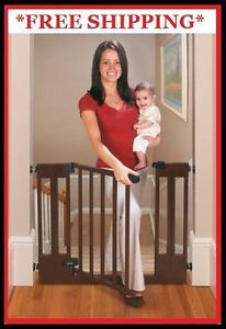 EZ Open Wood Walk thru Gate Adjustable Stairs Security Baby Safety Dog Pet Door