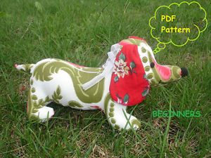Sewing Pattern for Dachshund Puppy Dog Quilting Cotton Fabric Stuffed Animal Toy