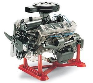 Visible V8 Engine Model Kit 1 4 Scale Moving Revell Classic Plastic Build