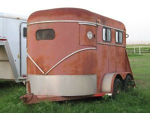Over Sized Used 2 Horse Trailer Straight Load Functional