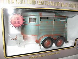 Weathered Horse Trailer Hand Crafted 1 18 Scale Motor City Classic New in Box