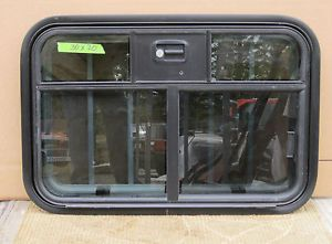 New Horse Trailer 30x20 Drop Down Slider Window Guard Screen Locking T1 T4