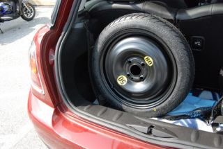 Mini Cooper s Clubman Emergency Space Saver Spare Tire Donut New