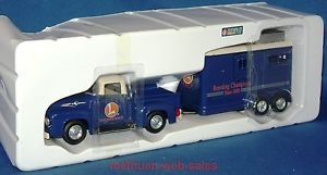 Lionel 404000 Die Cast 1956 Ford Pickup Truck Horse Trailer Eastwood Automobilia