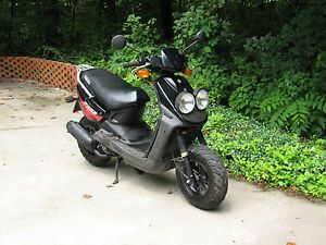 2005 Yamaha Zuma Scooter 50cc YW50 Runs Vey Well