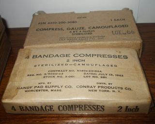 Vtg Antique WWI WWII Sentinel Utility First Aid Kit Tin Iodine Tablets Bandages