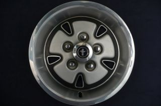 1971 1973 Ford Mustang Coupe Convertible Fastback Hubcaps Set 71 72 73 FOR15