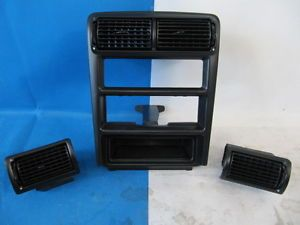 94 95 Ford Mustang GT V6 Radio Trim Bezel Dash Vents