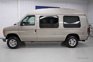 E150 E 150 Fullsize Handicap Accessible Wheelchair Van 82K MI Wheel Chair Lift