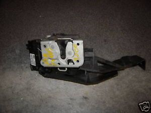 Ford Focus R F Power Door Latch Lock Actuator Z 22