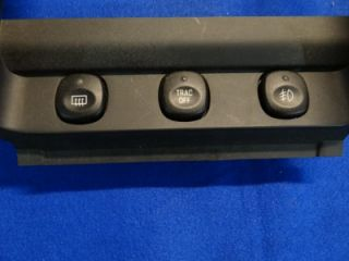 2001 2002 2003 2004 Ford Mustang AC Radio Bezel Vent Dash A C