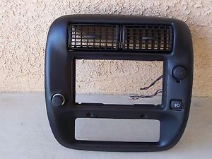 1995 2005 Ford Ranger Radio Dash Bezel with Fog Light Switch 2WD Very RARE HTF