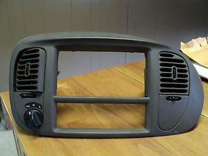 97 98 99 00 01 02 Ford F150 F250 Expedition Radio Dash Trim Bezel Brown Color