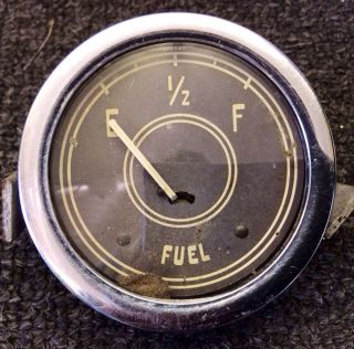 Vintage Stewart Warner Curved Glass Fuel Gas Gauge for A 1932 Ford Rat Rod Scta