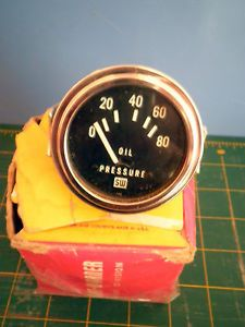 Vintage New Stewart Warner Oil Pressure Gauge