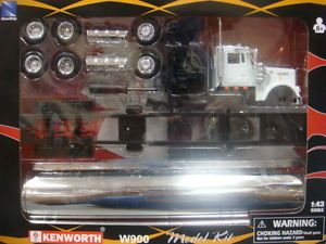 New Ray Kenworth W900 Oil Tanker Truck Model Kit 1 43 SS 15425