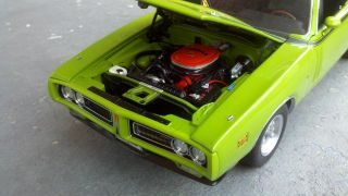 Ertl Authentics Supercar Le '71 Dodge Charger R T Hemi