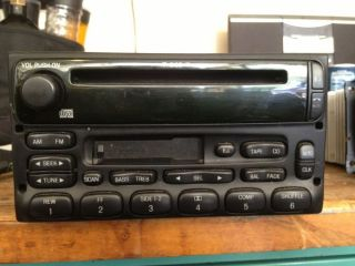 99 03 Ford Ranger F150 Windstar Explorer CD Cassette Radio 3F2T 18C868 EC