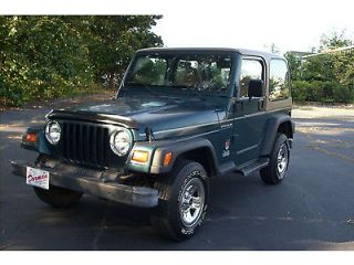 1997 Jeep Wrangler Hard Top 4 Cylinder 4x4 Five Speed with AC Great Fuel MPG