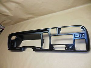 94 97 Dodge RAM 1500 2500 3500 Dash Bezel Radio Cluster Trim 94 95 96 97