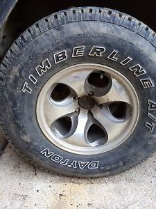 "Set of 4 Jeep Wrangler Aftermarket Wheels with 31"" Tires"