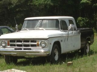 1971 Dodge D200 Crew Cab Short Bed Parts Truck