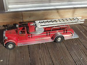 Smith Miller Mic Aerial Ladder LAFD Fire Truck for Parts or Restore