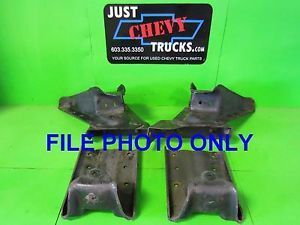 99 06 Chevy Silverado GMC Sierra 2500 Short Bed Truck Rear Spring Hangers 4 Pcs