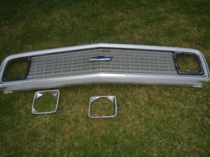71 72 Chevy Pickup Truck Grille Grill Factory Pieces Parts Inner Outer