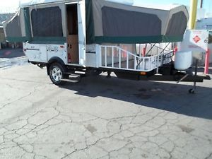 2005 Starcraft 11RT Toy Hauler Pop Up Tent Camper