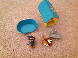 Kenner Vintage Littlest Pet Shop Lot Dogs Cat House Bed