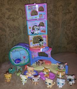 17 PC Lot Littlest Pet Shop LPS Mixed Lot Cats Lizards Armadillo Turtle and More