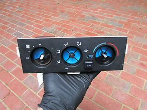 9113D Jeep Grand Cherokee 93 Temp AC Heat Climate Control Panel Unit Switch