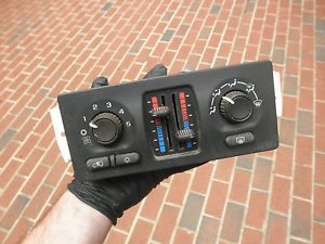 6356 GMC Envoy Chevy Trailblazer AC Heat Air Temp Control Switch Panel Unit
