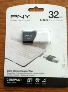 PNY Compact Attaché 32 GB USB Flash Drive