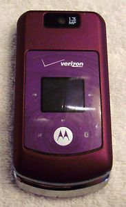 Mint Condition Purple Motorola W755 Verizon Basic Camera Phone w Home Charger