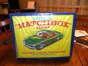 Vintage Matchbox Deluxe Collector's 72 Car Carry Case Lesney Product 1968