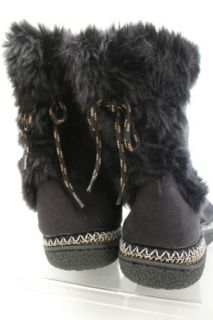 Ladies Black Faux Fur  isotoner  hard soled Woodlands Slippers Boots NWT 9 5 10