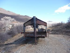 Heavy Duty Gooseneck Flatbed Trailer Triple Axle