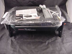 New Coleman Grillin' Griddle Portable Propane Grill Stove Cooker Model 9931