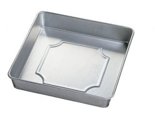 Wilton Aluminum Performance Pans 8 by 2 inch Square Cake Cookie Baking Pan New