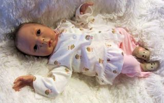 Lifelike Reborn Newborn Baby Abbie from The 'Bonnie' Sculpt by Olivia Stone