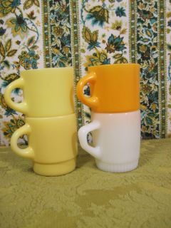 Set of 4 Vintage Anchor Hocking Fire King Stacking Mugs Yellow Orange White